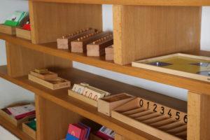 matériel Montessori ecole de l'optimisme suresnes